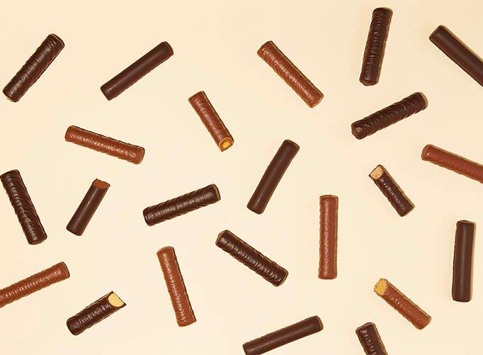 Barres encas chocolatées Gerlina sur fond beige